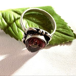 BEAUTIFUL TEARDROP AMETHYST STERLING RING 6 1/2